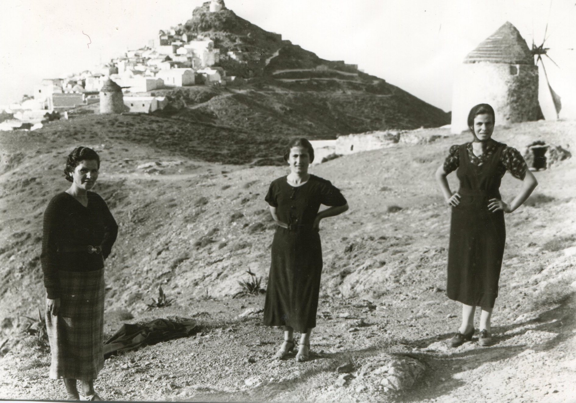 Weaving Histories: Margaret Kenna and Anafi